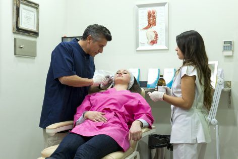 Tratamientos faciales, Dr. Oyola